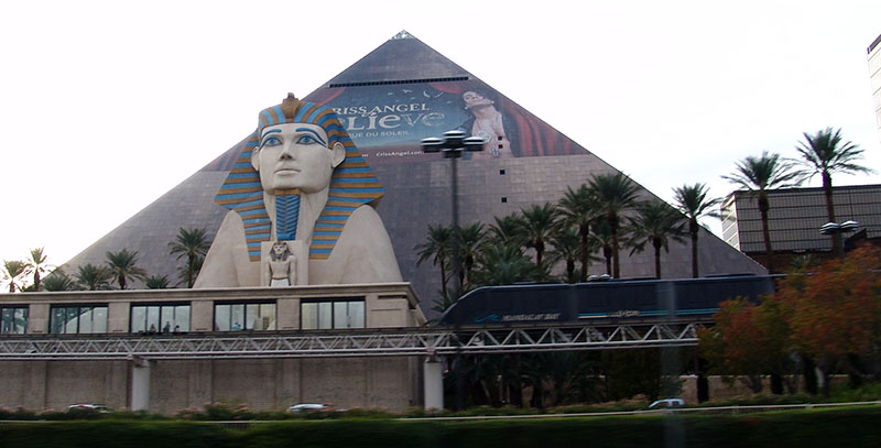 Казино Piramida
